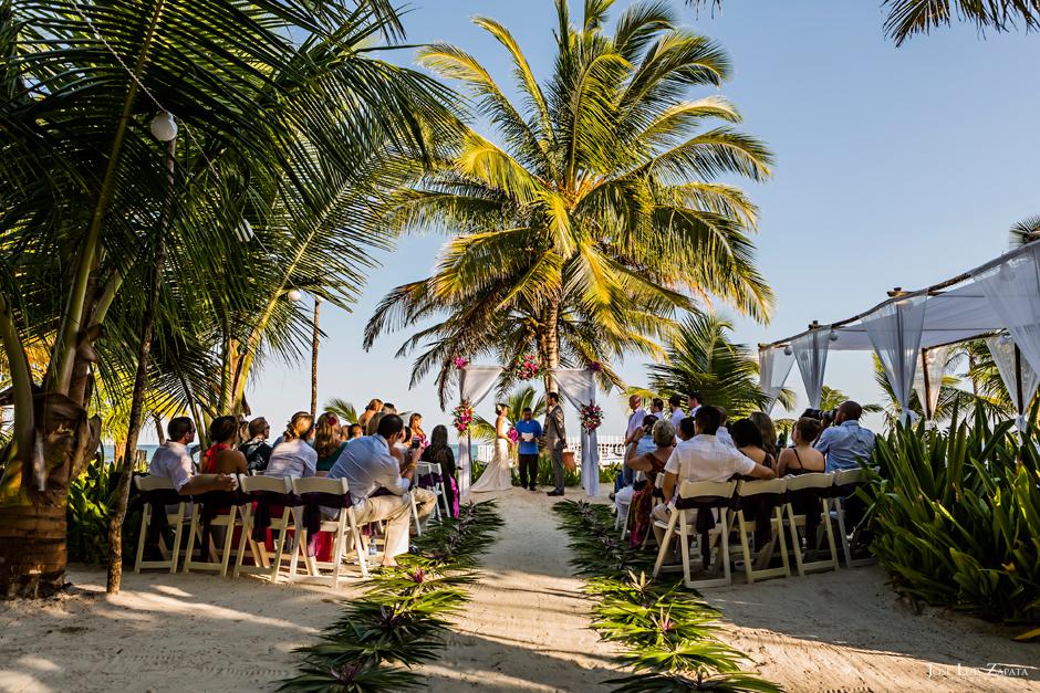 Las Terrazas Destination Beach Wedding