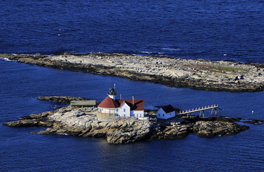Inn at Cuckolds Lighthouse Exterior
