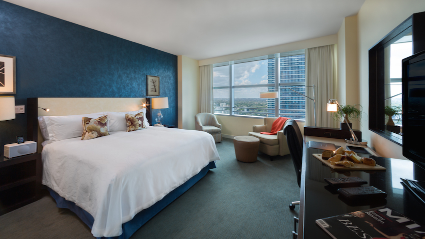 Deluxe King Room with City View Conrad Miami