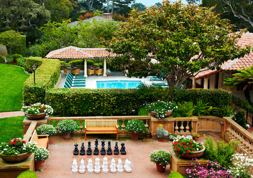 La Playa Carmel Terrace Chess Set and Pool