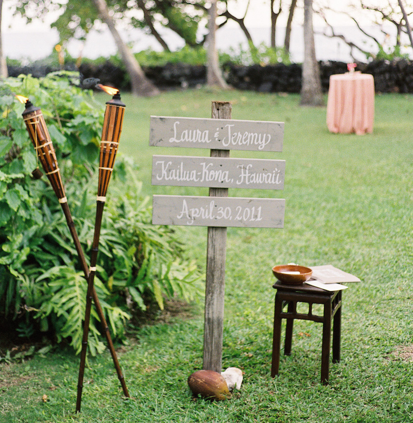 13 Ideas For Adding Memorable Wedding Signs To Your Decor