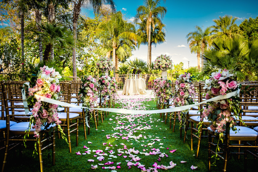Ceremony on Grass at The Phoenician