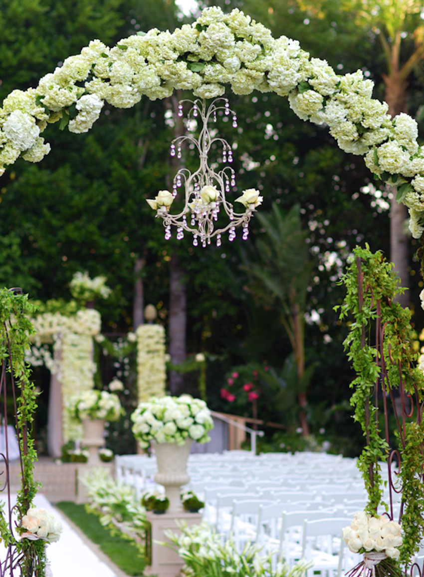 Give Your Wedding A Luxurious Touch With Floral Chandeliers