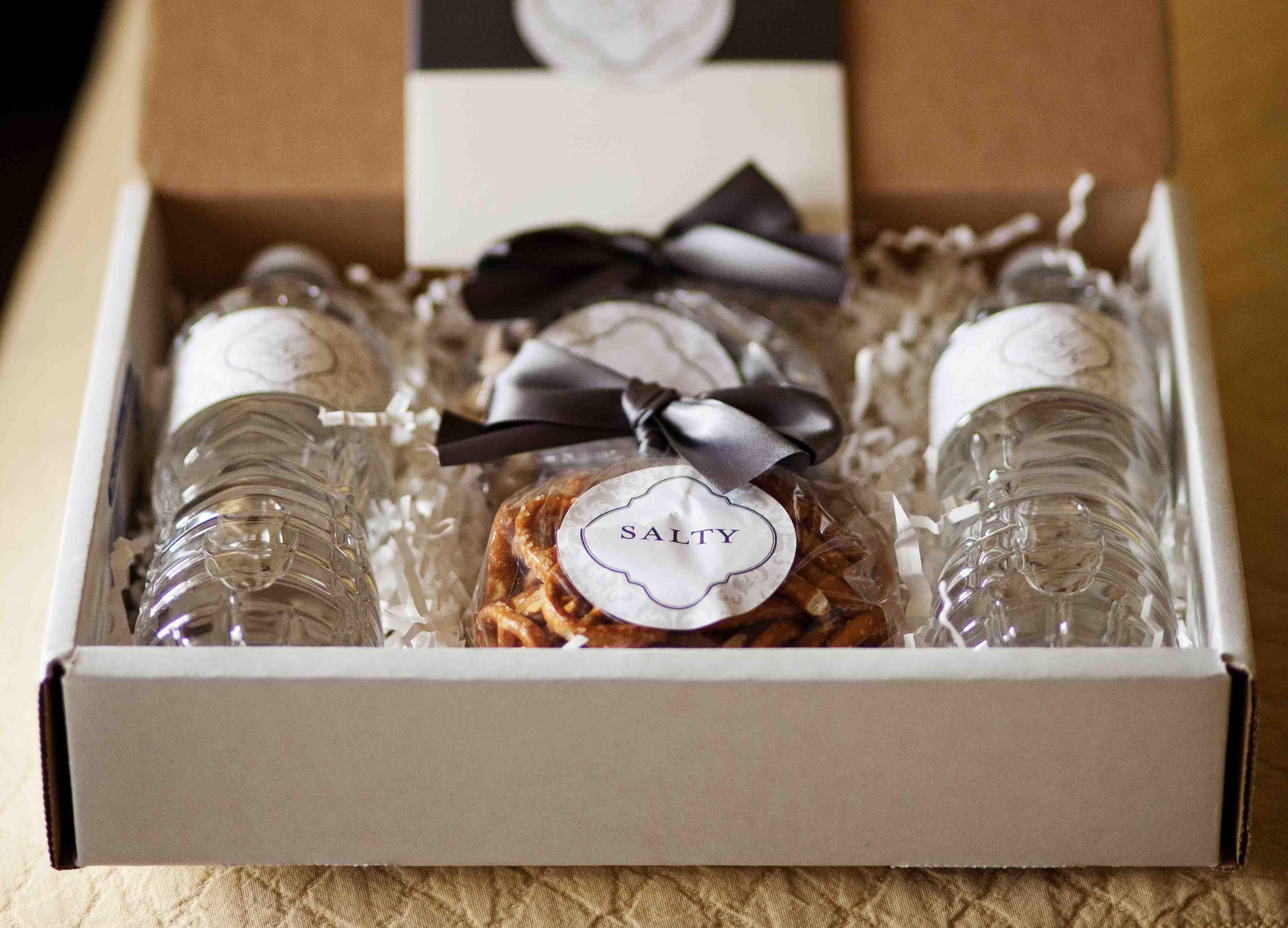 Wedding favor box with salty snacks