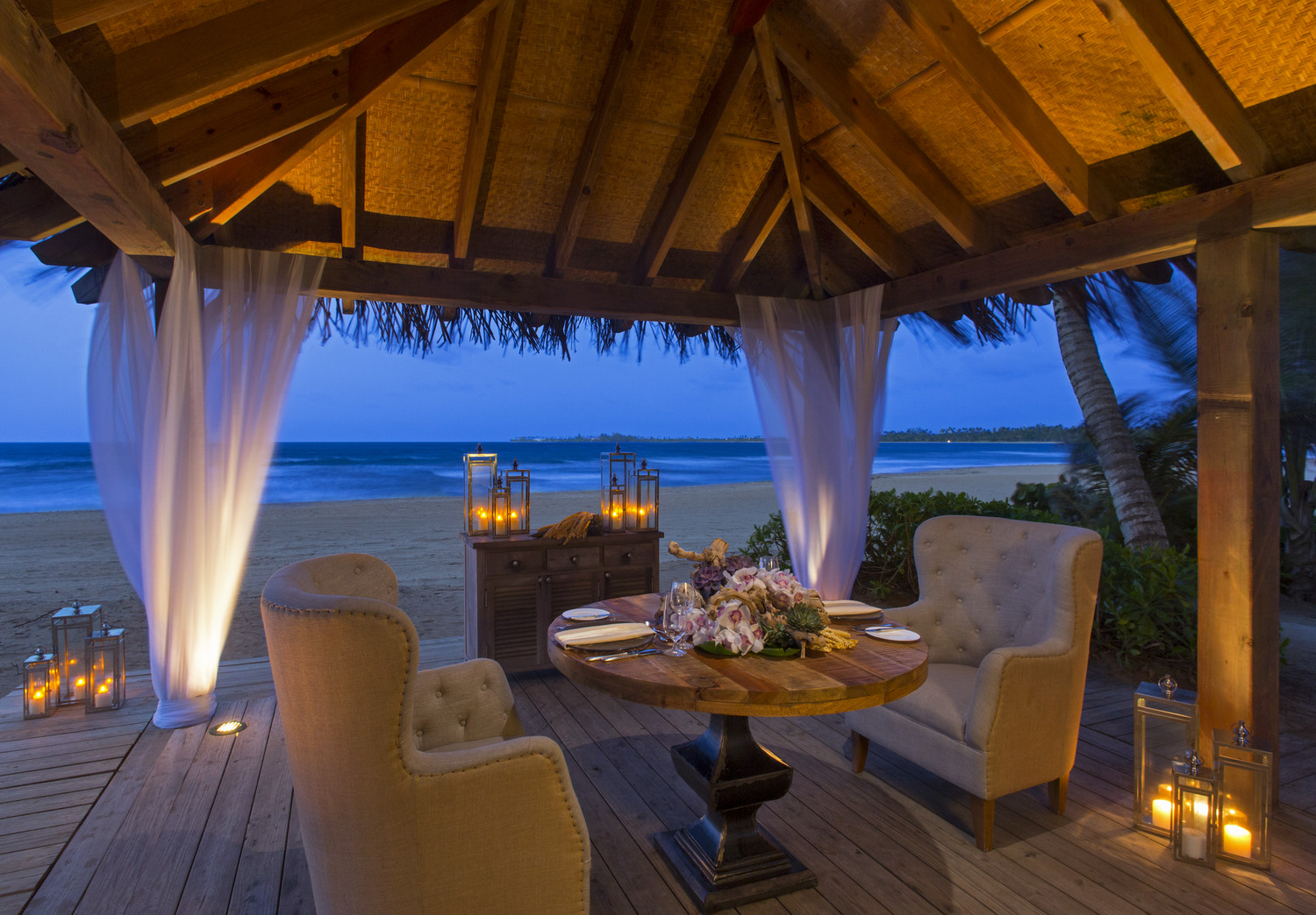 St. Regis Bahia Beach Resort romantic dinner