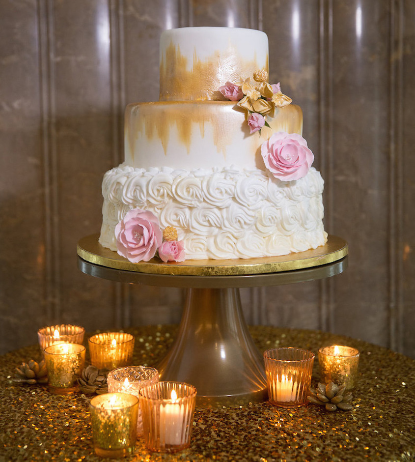 White and gold small wedding cake