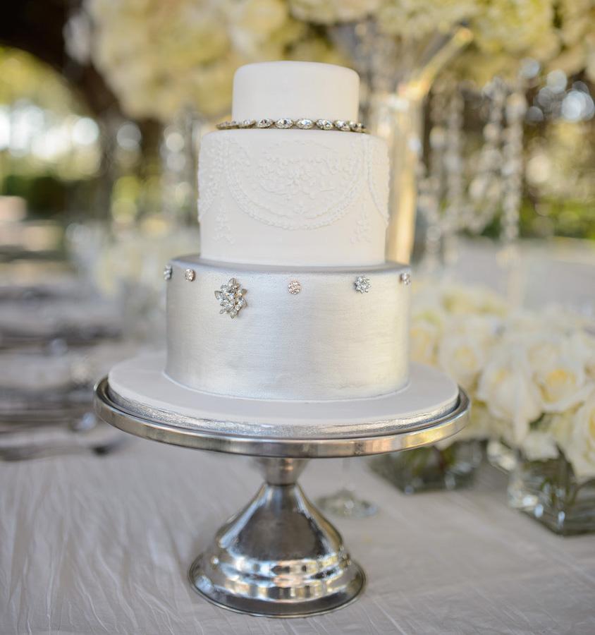 Small winter wedding cake