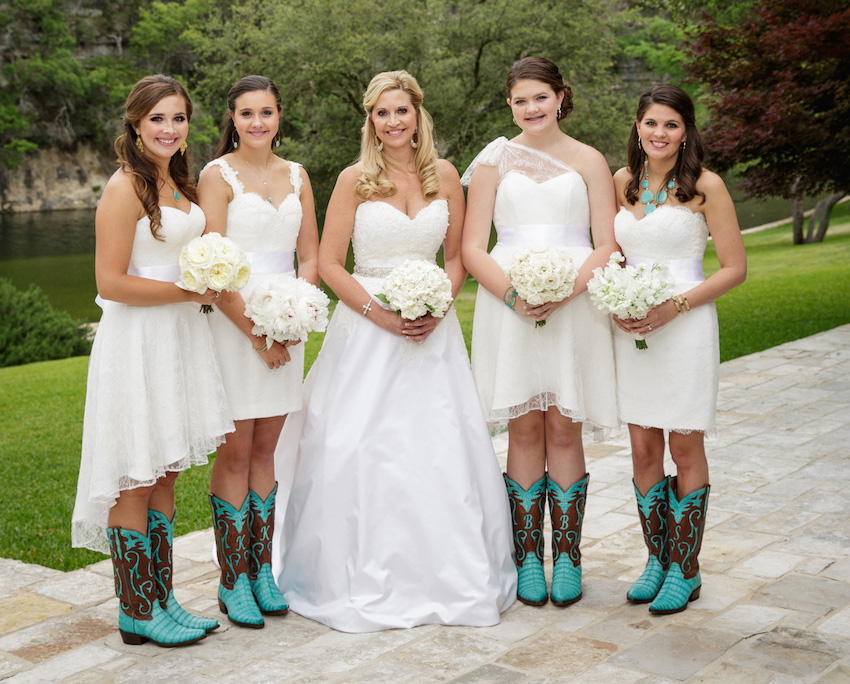 Bridesmaids different dresses same color white short gowns