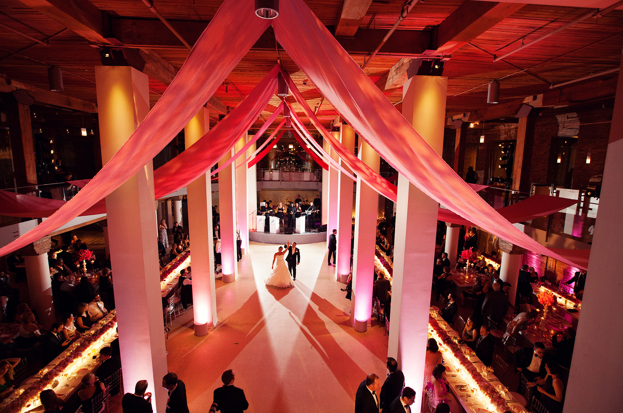 Ombre draping at Chicago wedding reception