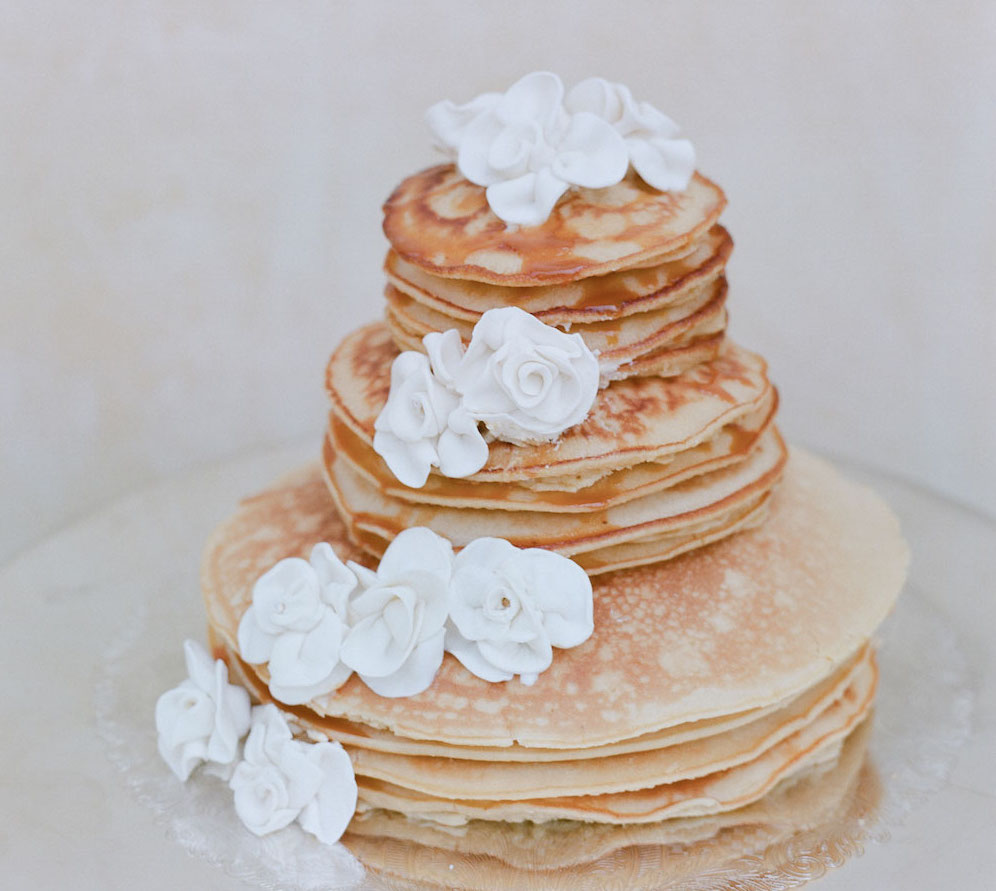 Wedding cake with sugar flowers made of pancakes