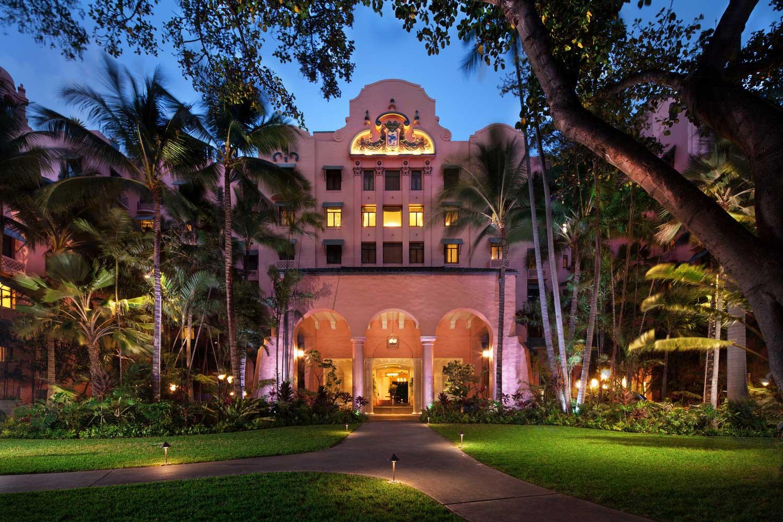 The Royal Hawaiian Porte Cochere exterior