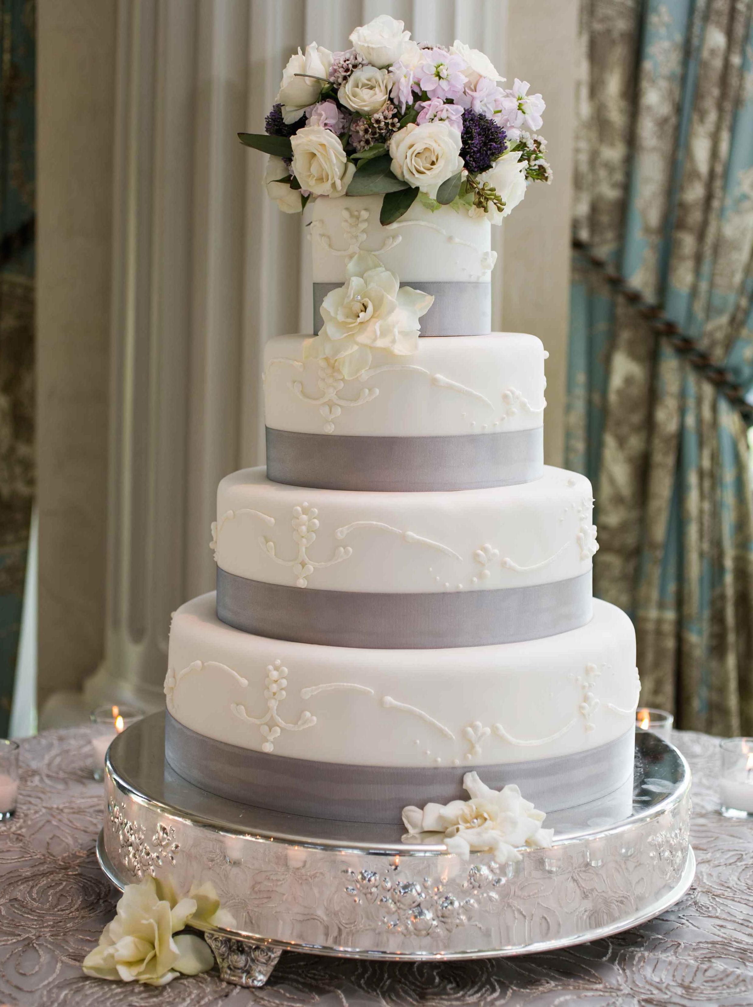 Wedding cake with grey ribbon details