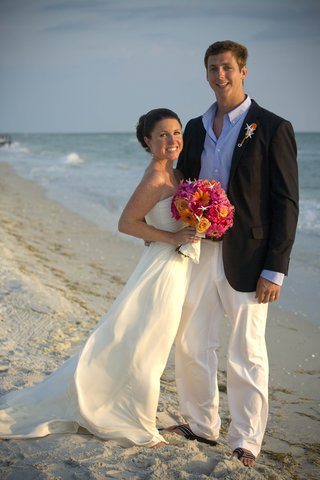 casual-beachy-wedding-attire-and-shoes