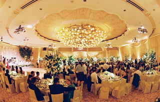 wedding-reception-at-the-crystal-ballroom-of-the-beverly-hills-hotel