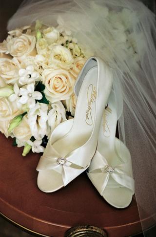 white-satin-wedding-shoes-with-rhinestones