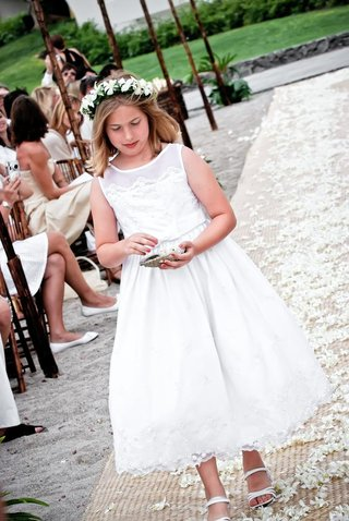 white-flower-girl-dress-and-sandals