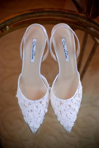 oscar-de-la-renta-wedding-shoes-with-flowers