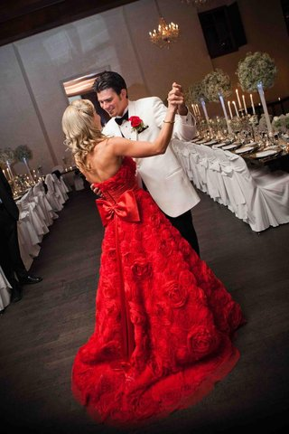 brandon-wood-dancing-with-bride-in-rosette-gown