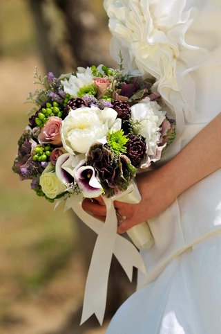 wedding-bouquet-with-peony-mum-calla-lily-flowers