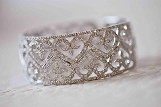 bracelet-with-diamond-hearts-for-bridal-jewelry