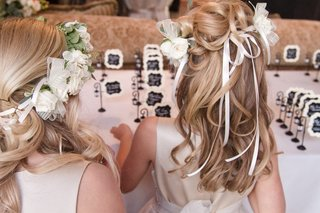 blonde-flower-girls-with-curled-hair-and-flower-crown