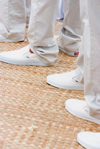male-vans-slip-on-shoes-in-ivory