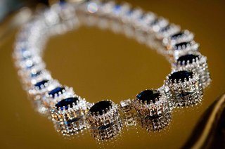 brides-sapphire-diamond-necklace