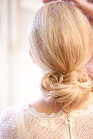 keri-lynn-pratt-wedding-hair-style-with-blonde-hair
