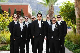 major-league-baseball-player-on-wedding-day
