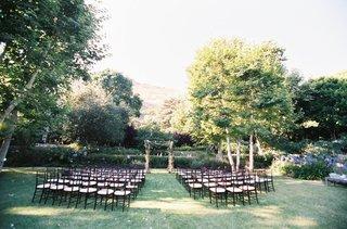 wedding-ceremony-in-a-malibu-backyard