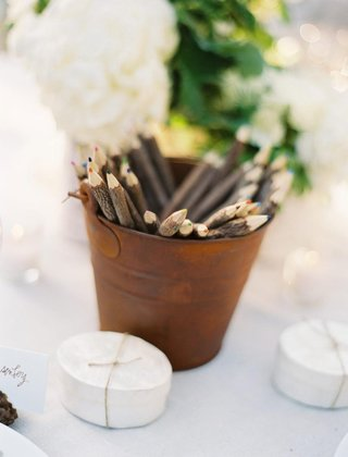 mother-of-pearl-box-wedding-favor