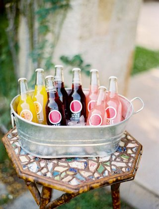 outdoor-wedding-with-a-tin-tub-of-izze