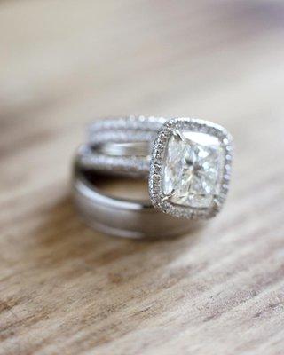 wedding-bands-and-princess-cut-diamond