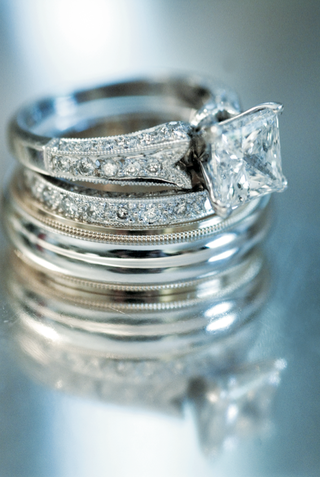 square-cut-diamond-ring-with-diamonds-on-band