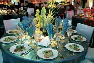 shiny-blue-linens-on-reception-tables