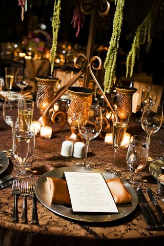 brown-wedding-reception-table-decorations
