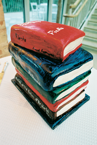 cake-decorated-like-a-stack-of-books