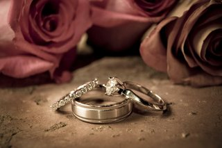 mens-band-with-diamond-wedding-rings