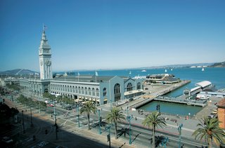 exterior-view-of-san-franciscos-ferry-building