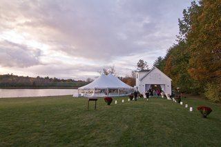 new-hampshire-private-lot-wedding-venue-by-lake