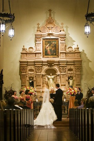 brophy-chapel-catholic-wedding-ceremony
