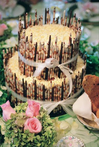two-layer-wedding-cake-with-coconut-and-rolled-chocolate-details