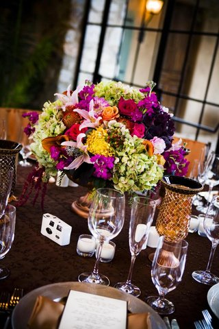 tuscan-inspired-wedding-reception-centerpiece