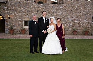 bride-and-groom-with-brides-parents