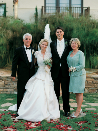 bride-and-groom-with-mother-of-bride-and-father-of-bride