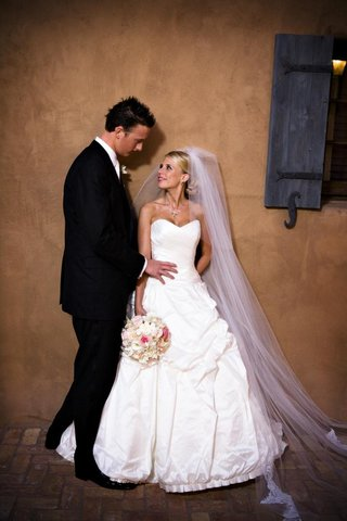 scottsdale-arizona-wedding-couple-at-tuscan-country-club