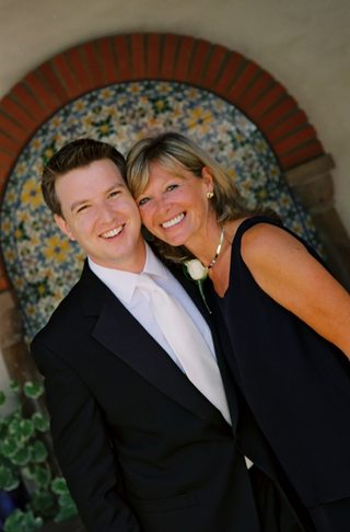 groom-with-his-mom-in-front-of-ojai-valley-inn-spa