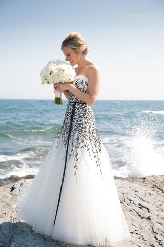 bride-on-coast-in-carolina-herrera-wedding-dress