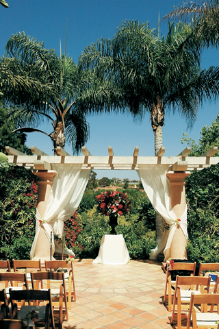 the-sunrise-patio-at-rancho-valencia-resort-spa
