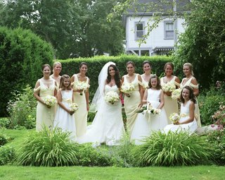 bride-with-bridesmaids-and-three-flower-girls